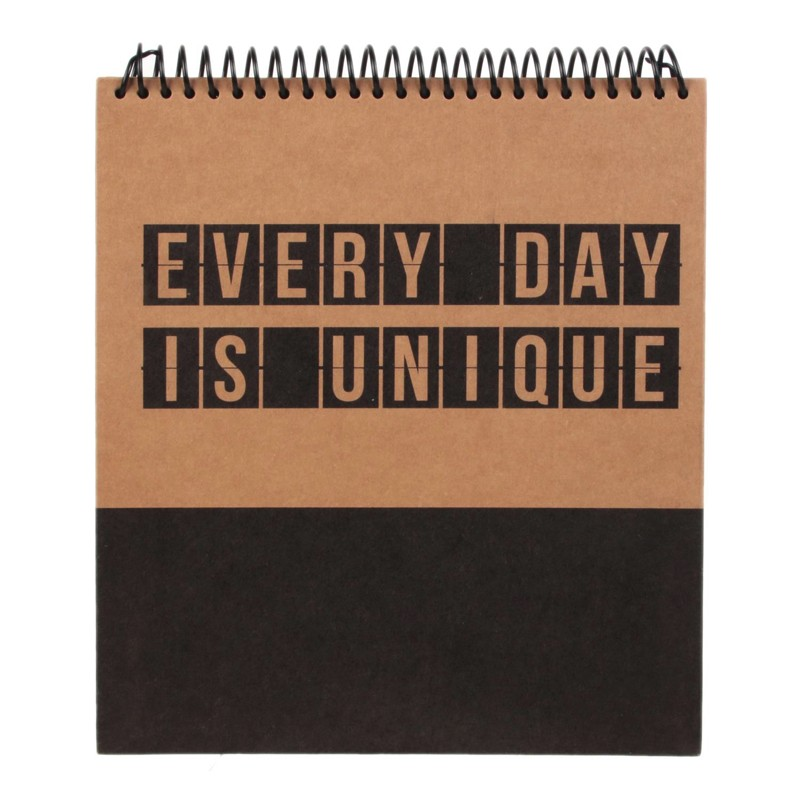 Idee Cadeau Bureau.Calendrier Perpetuel Every Day Is Unique Idee Cadeau Bureau
